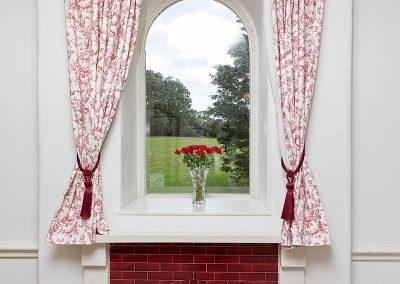 Room-2-Window