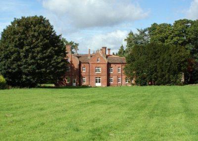 bessingham-manor-1024x373